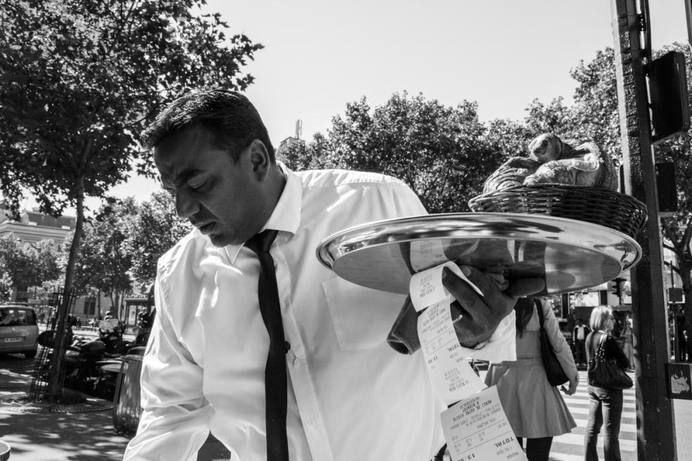 L'homme aux milles factures, Paris - photographie numérique, 2014